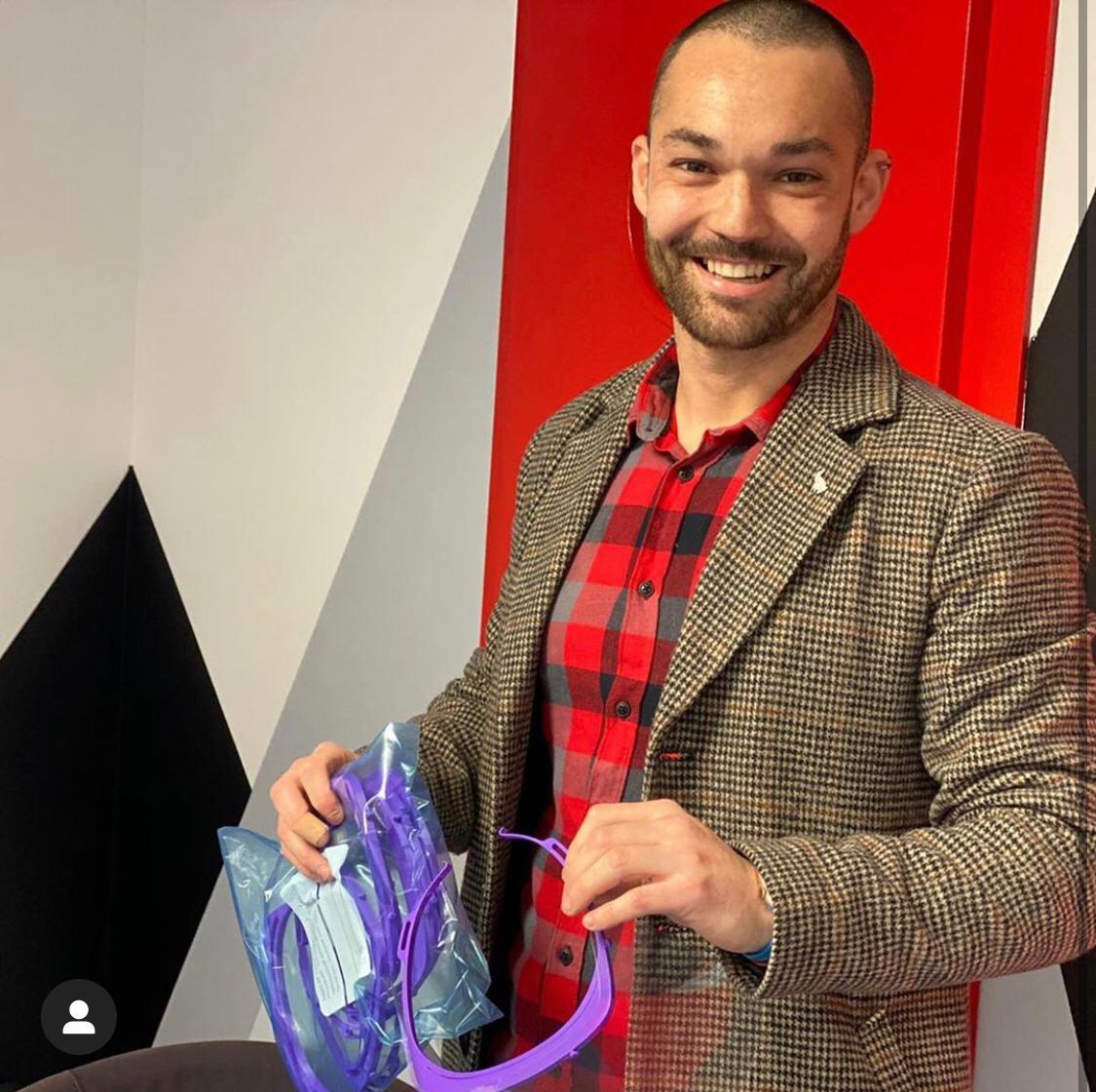 Albert Luque, imprimeix mascaretes en 3D